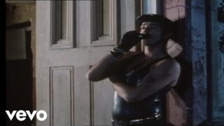 Frankie Goes To Hollywood – Relax (Official Video)