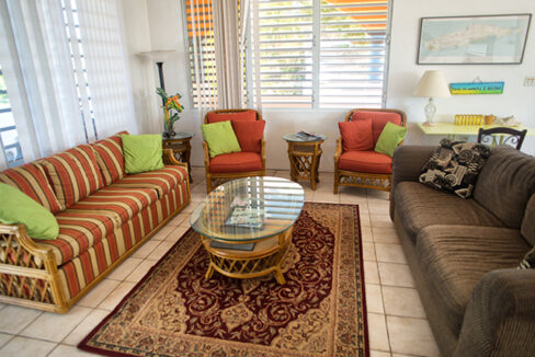 Living area 2nd fl