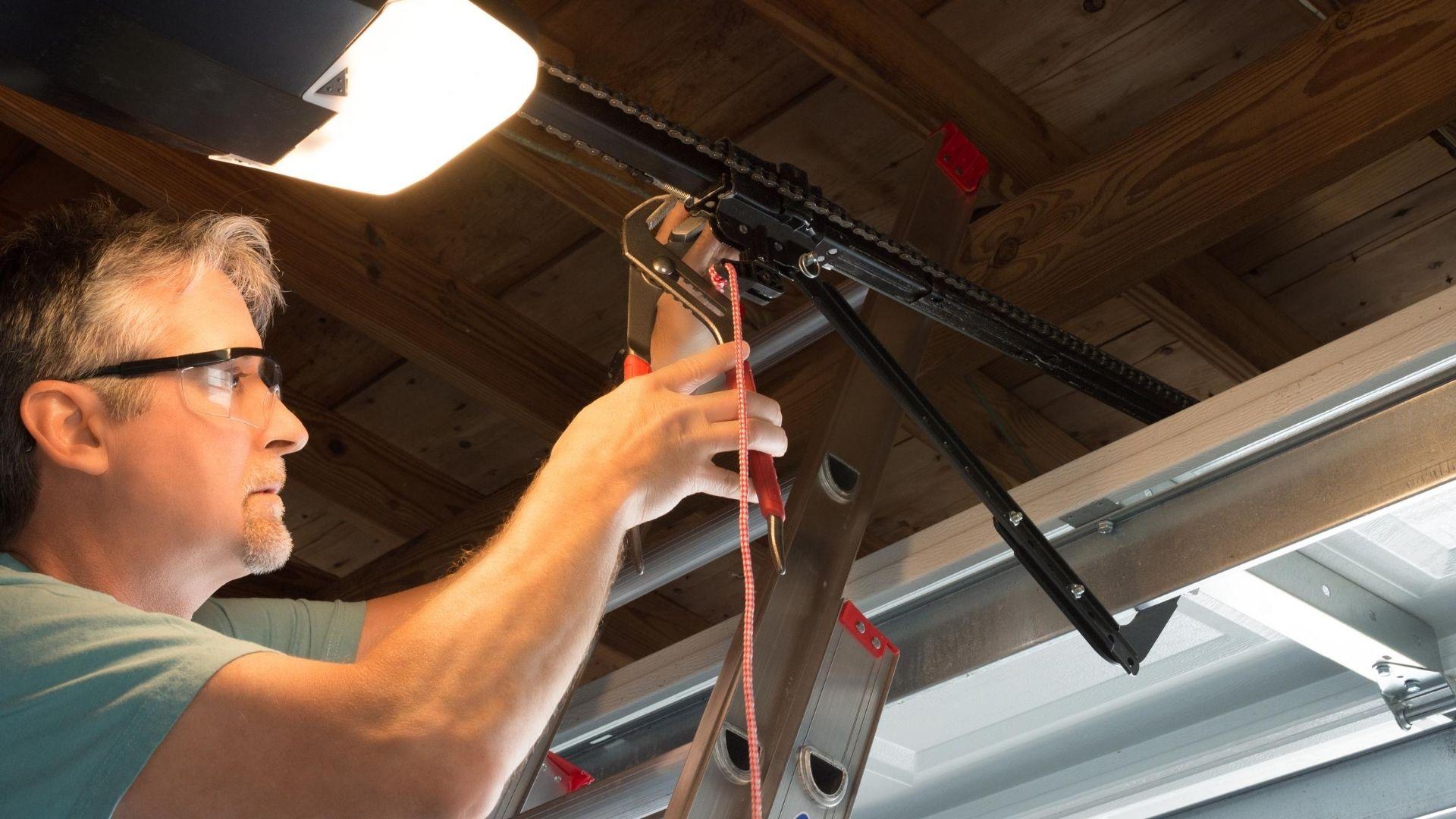 Wi Garage Door Service - Garage Door Repair