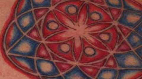 Photo Tutorial: geometric color tattoo