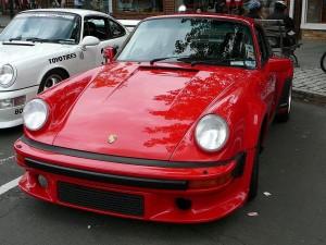 800px-SC06_1989_Porsche_911_Turbo-11