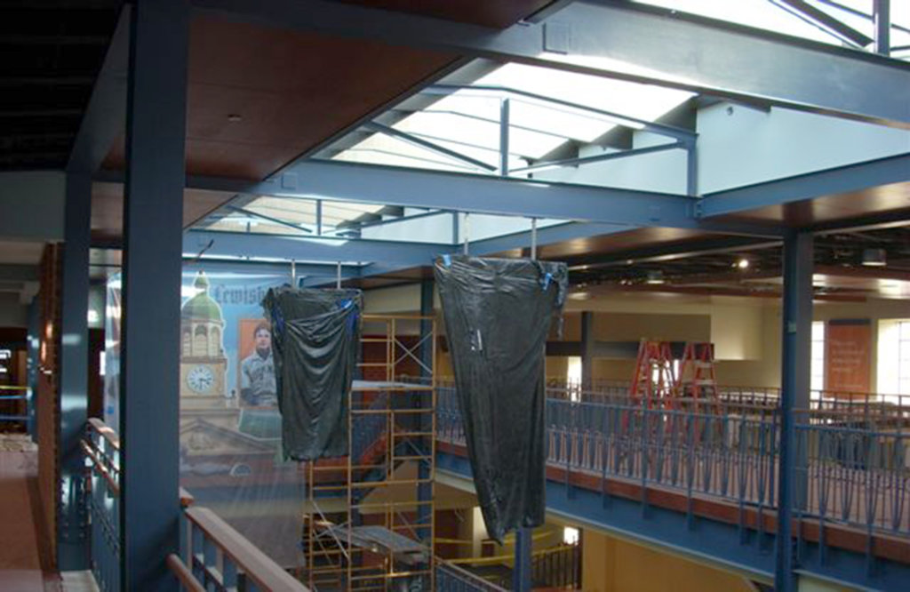 The Zartman team works on the Barnes and Noble at Bucknell University.