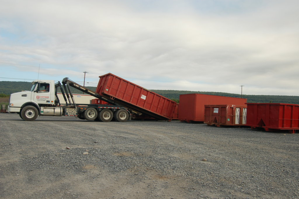 Zartman Construction's construction dumpster rental equipment includes numerous 25 and 35 cubic yard containers.