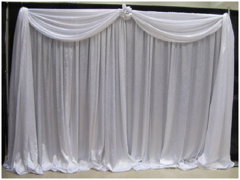 whtie pipe and drape with valance