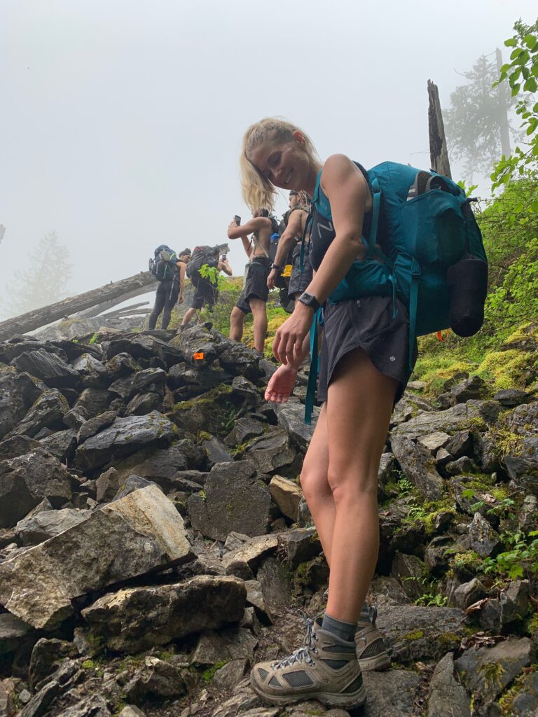 hiking pierce lake trail