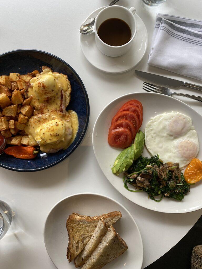 yellow door bistro breakfast