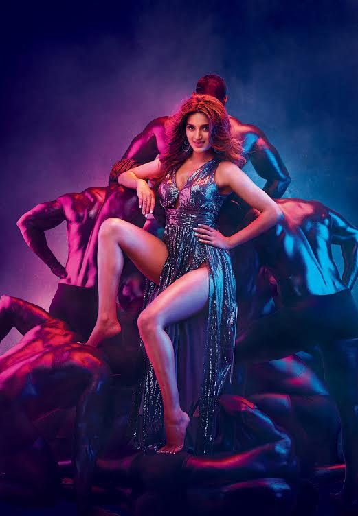 Nidhhi Agerwal's first look for Munna Michael unveiled.