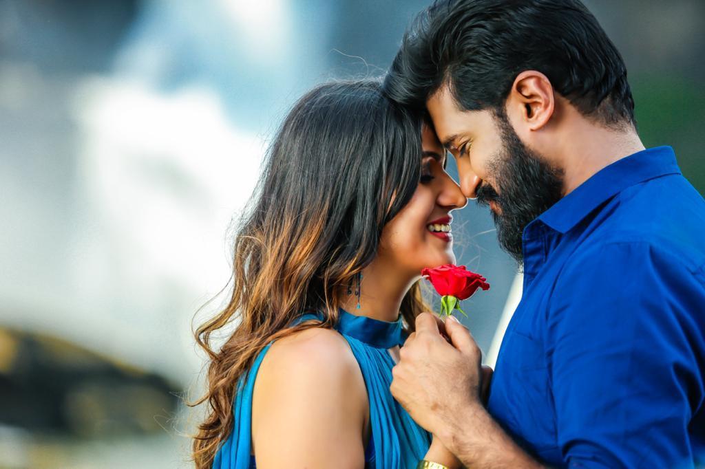 Romantic Song of --Vijay Yesudas and Jonita DodaReleasing on Valentine Day