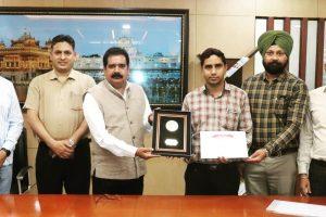 IKGPTU faculty Dr.Raman gets global recognition received Huawai ICT Best Tutor Award