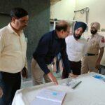 पंजाब के चुनाव अधिकारी की तरफ से ज़िला चुनाव दफ़्तर जालंधर का दौरा