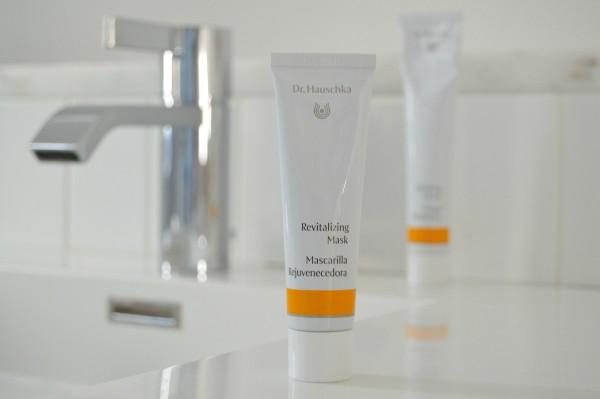 dr hauschka revitalizing mask review inhautepursuit
