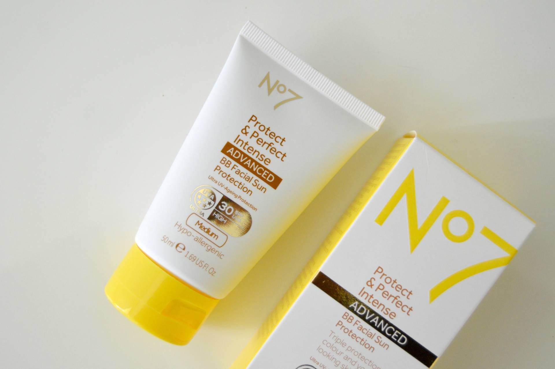 boots no7 protect perfect spf 30 bb facial sun protection review inhautepursuit