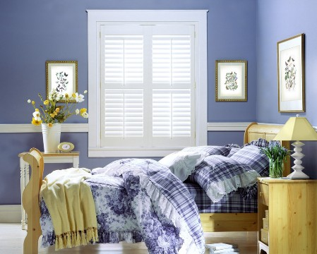 Call Blind Magic for top quality vinyl shutter installation in North Highlands, CA
