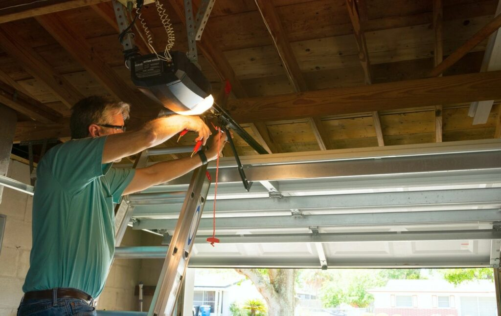 Residential Garage Door Repair near Austin
