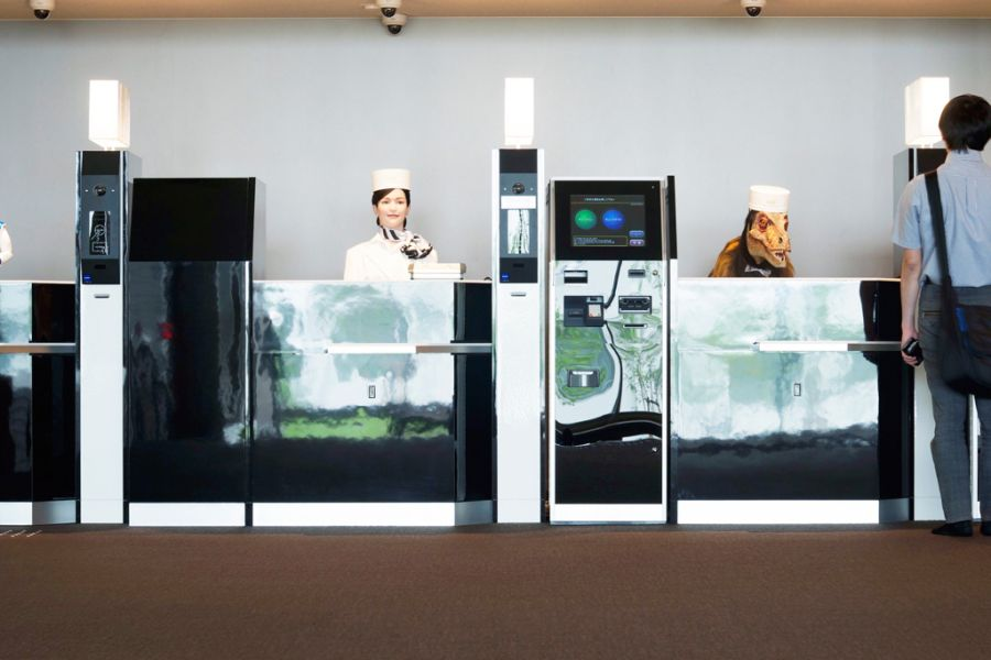 Robot Hotel Reception