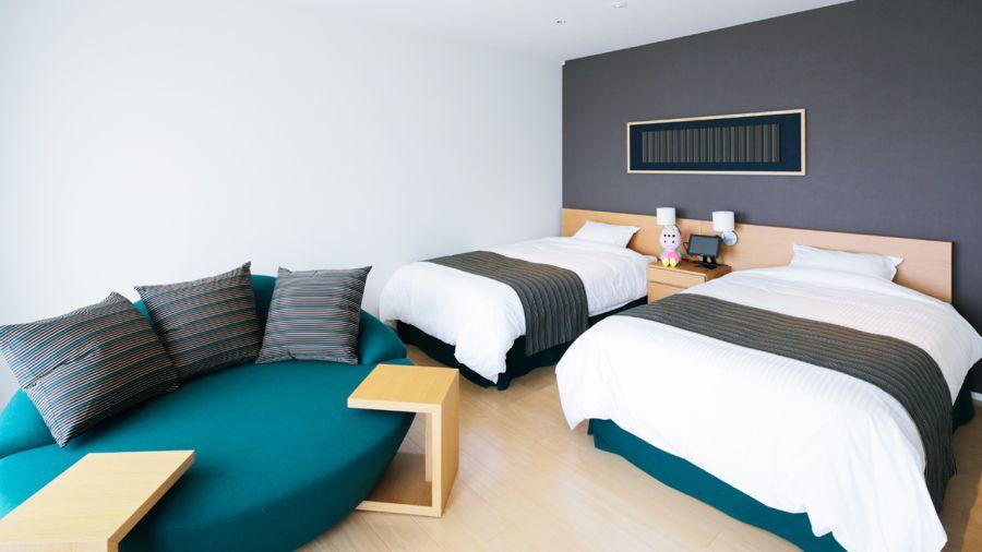 Robot Hotel Deluxe Room