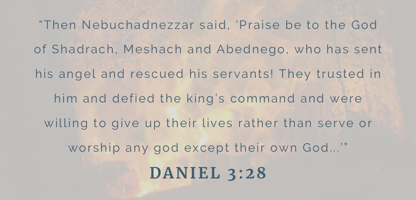 Daniel 3:28