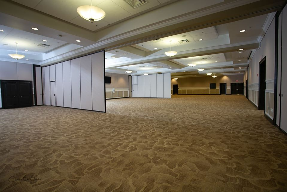 Ocoee Lakeshore Center Ballroom Dividers