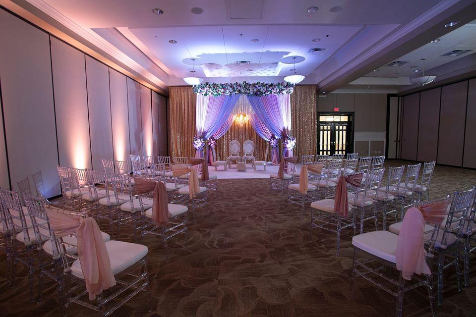 Ocoee Lakeshore Center Ballroom Small Wedding