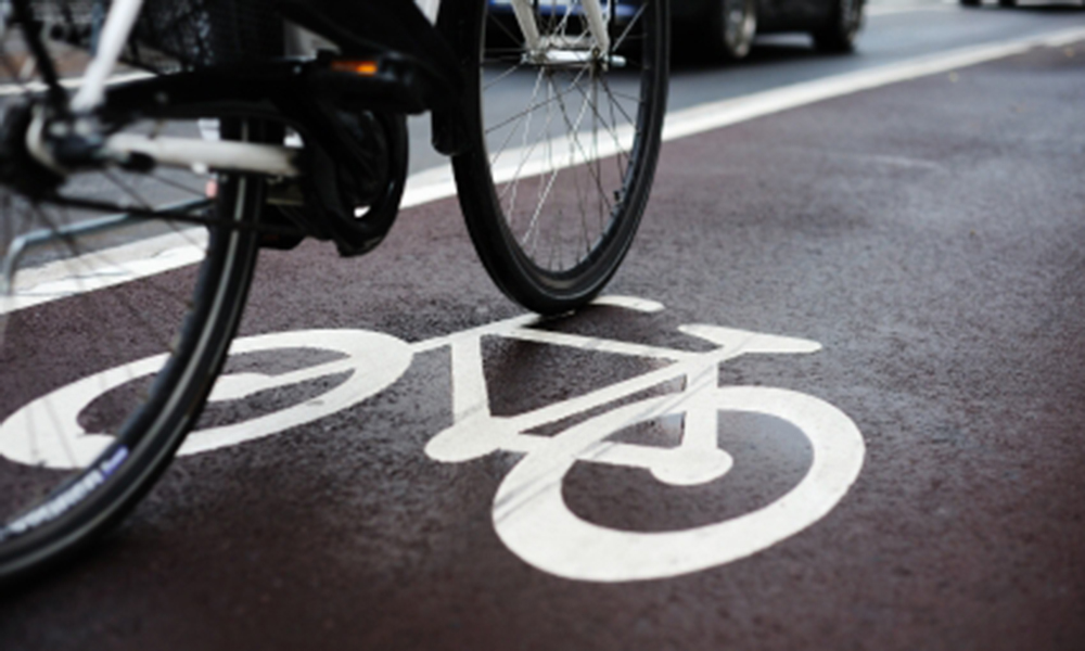 bike-lane-and-traffic_featured-image_istock_000014042380xsmall