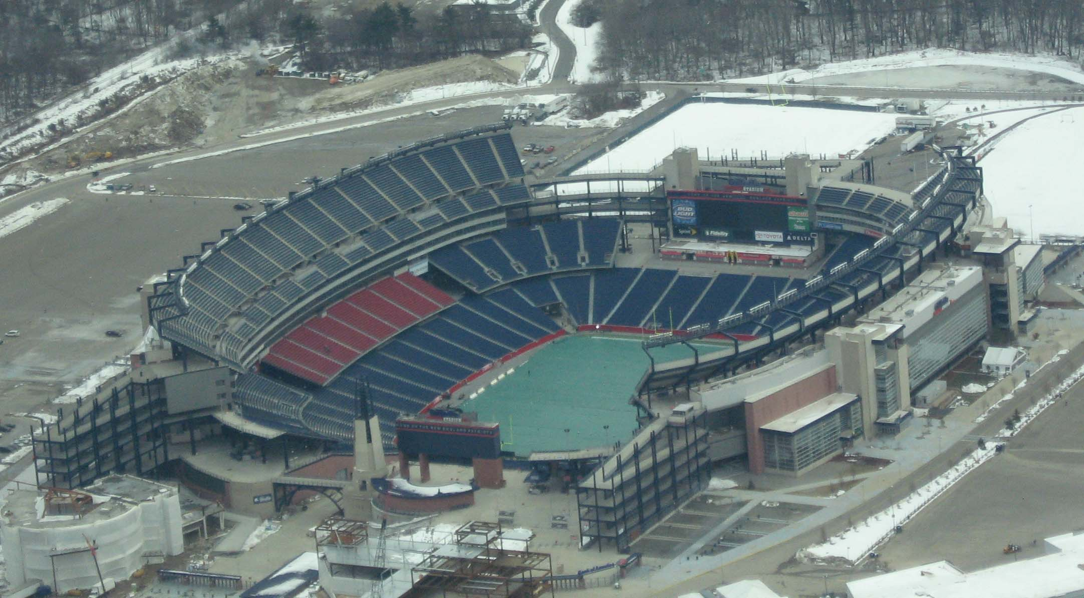 Gillette_stadium construction