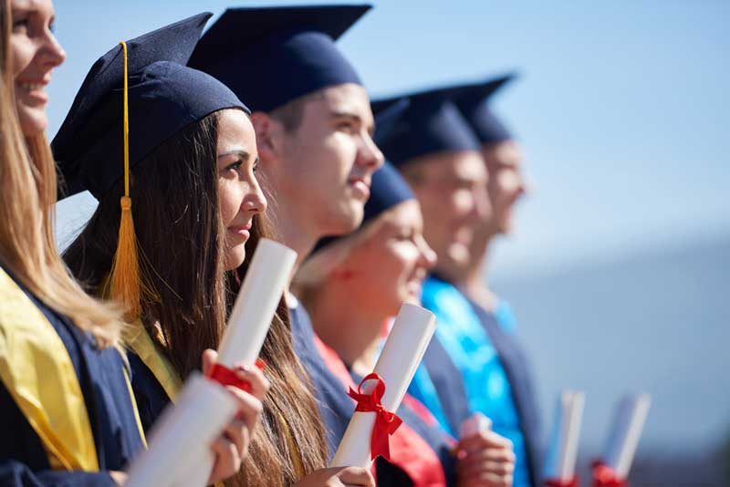 5 Financial Tips for High School Graduates