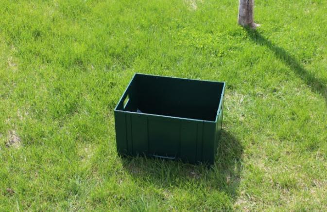 Ball Crate -Rock Barn