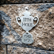 Seaview Hole Signs