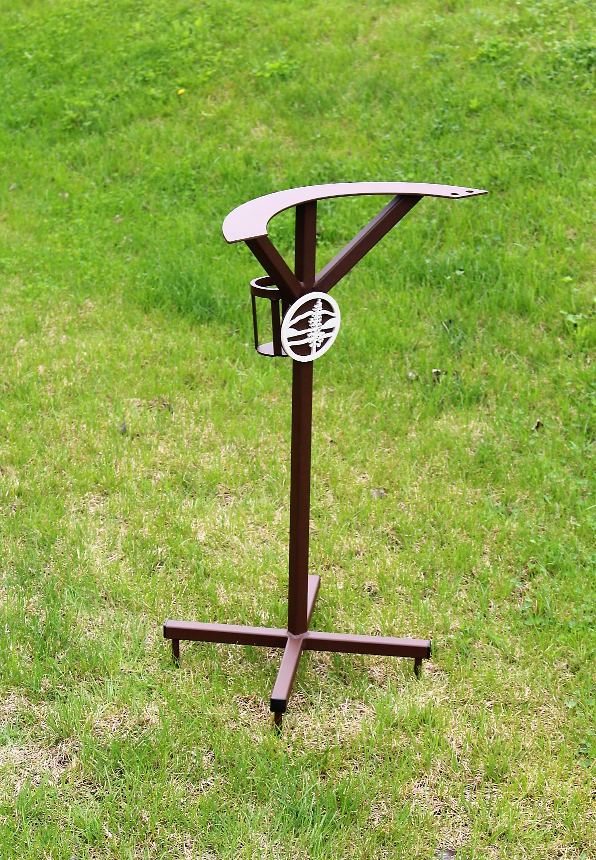 Upright Bag Stand -Hayden Lake Country Club