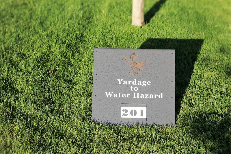 Yardage Signs Chester Valley
