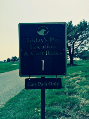 Bear Trap Dunes Pin Location Sign with removable rules