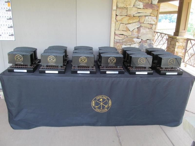 Pete Dye Coal Cart Prize Table