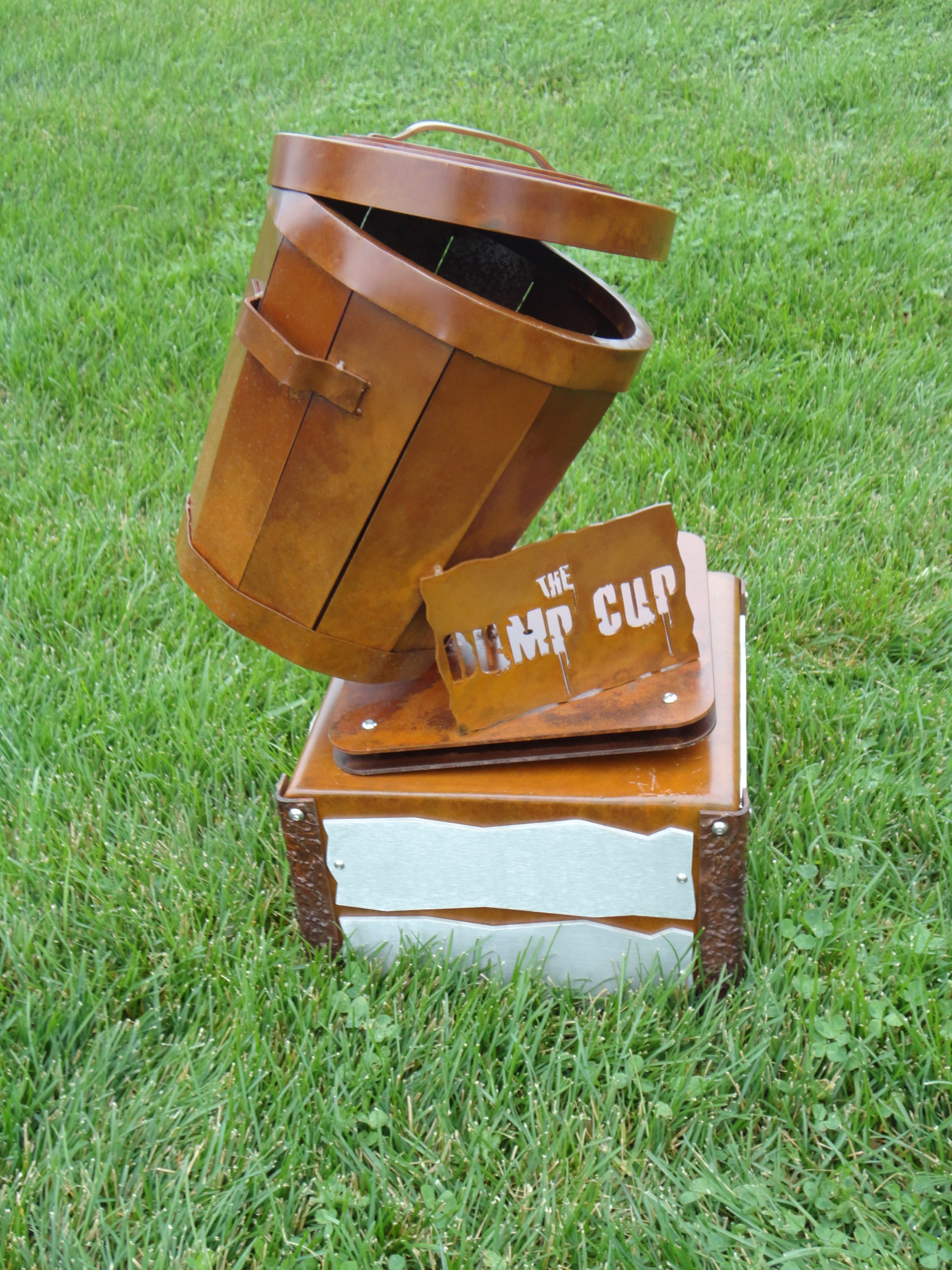 custom-perpetual-trophy-the-dump-cup