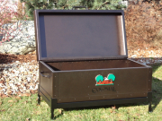 Colonial Cooler Box on Stand