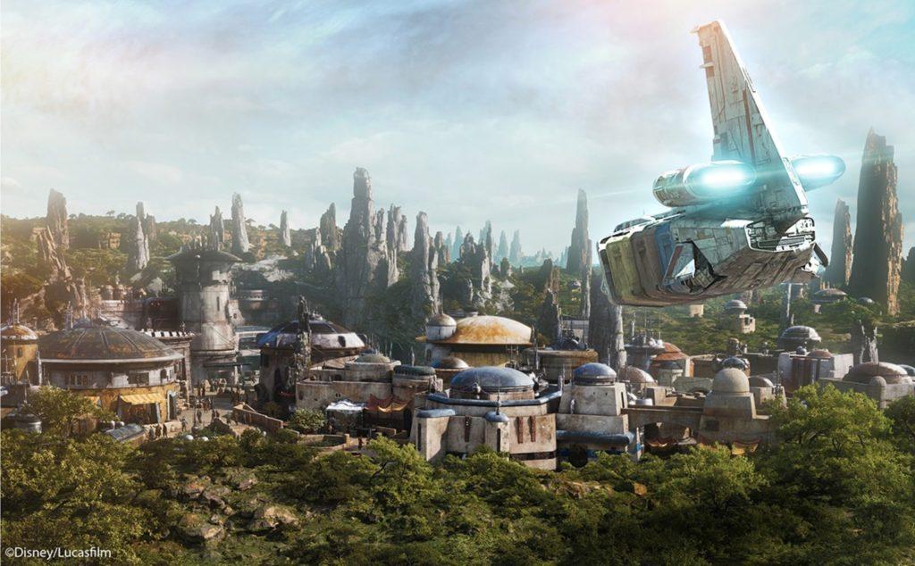 Star Wars Galaxy's Edge - Fly In - Disney Parks