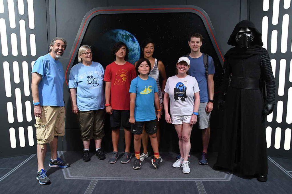 Our Family With Kylo Ren - Disney's Hollywod Studios - Walt Disney World