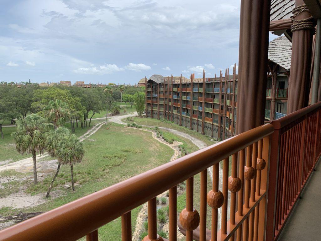 Kidani Village Savanna View - Animal Kingdom Lodge - Walt Disney World