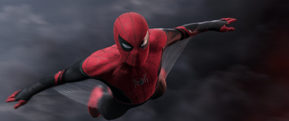Spider-Man: Far From Home - Spider-Man Gliding