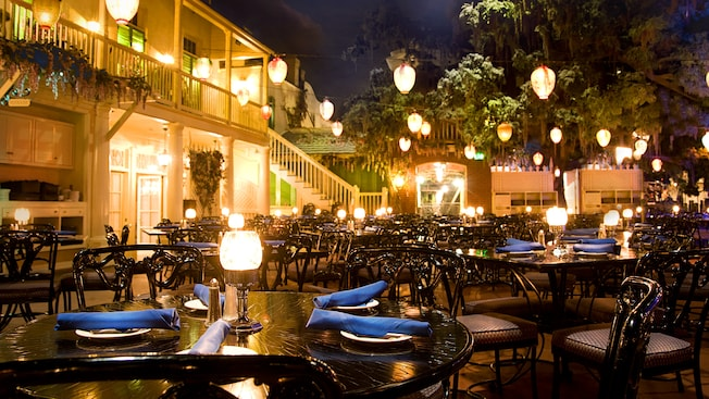Disneyland's Blue Bayou Restaurant - Countdown to Walt Disney World's 50th Birthday - Part 1 - Disney's Map to the Magic, Kingdom