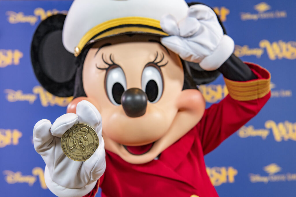 Captain Minnie with the Disney Wish Coin - Reopening Disneyland - Returning to the Happiest Place On Earth