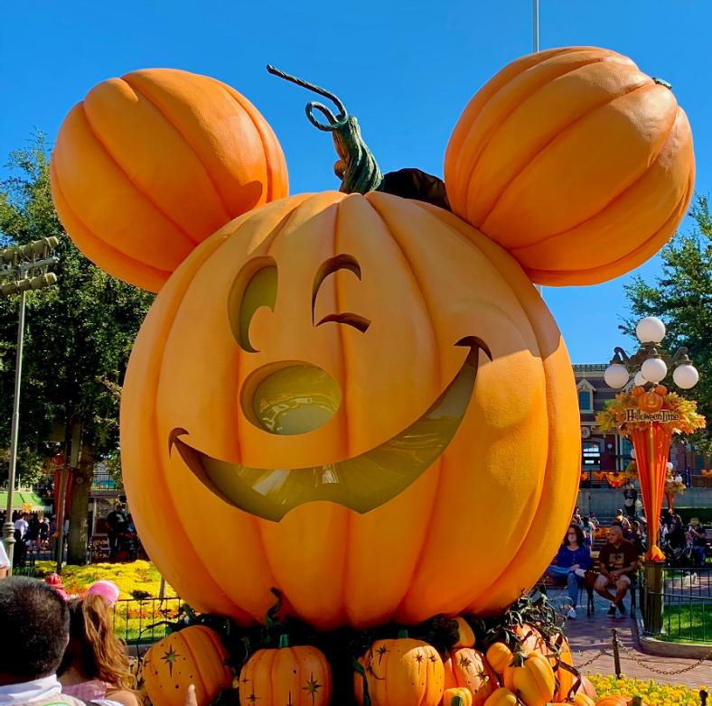 Mickey Pumpkin on Main Street USA at Disneyland - HalloweenTime Food & Fun At Disney Parks