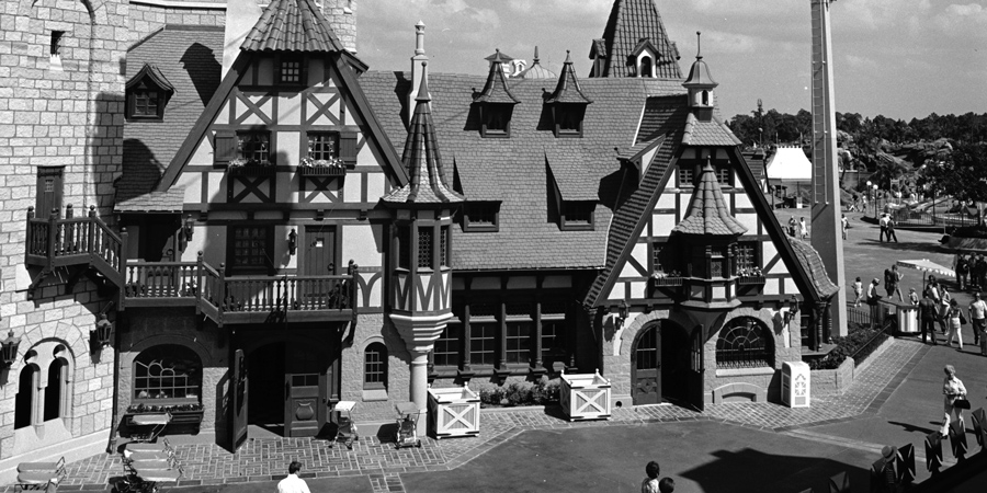 King Stefan's Banquet Hall in Magic Kingdom Park at the Walt Disney World Resort - Old School Magic Kingdom & Disneyland Restaurants From The Past