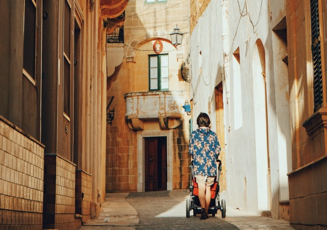 Looking for a travel guide to Malta? Click through for Malta travel tips from a local - what to do, where to go, and how to travel Malta cheaply, safely, and respectfully!