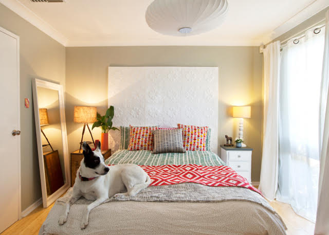 Looking for DIY headboard ideas? You're in the right place! Don't blow $$$ on a new headboard, make one yourself instead!