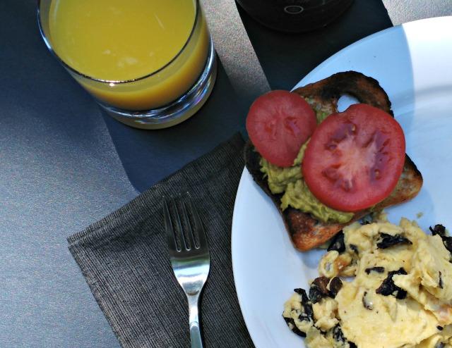 morels with scrambled eggs