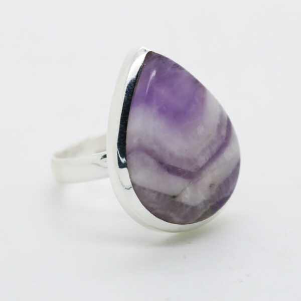 Amethyst Lace Pear-Shaped Ring in Silver