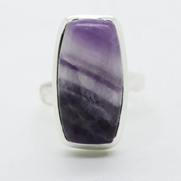 Amethyst Lace Rectangle-Shaped Ring in Silver