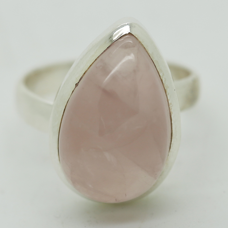 Rose Quartz Pear-Shaped Ring in Silver