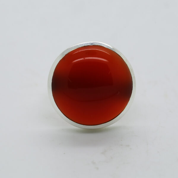 Carnelian Round -Shaped Ring in Silver