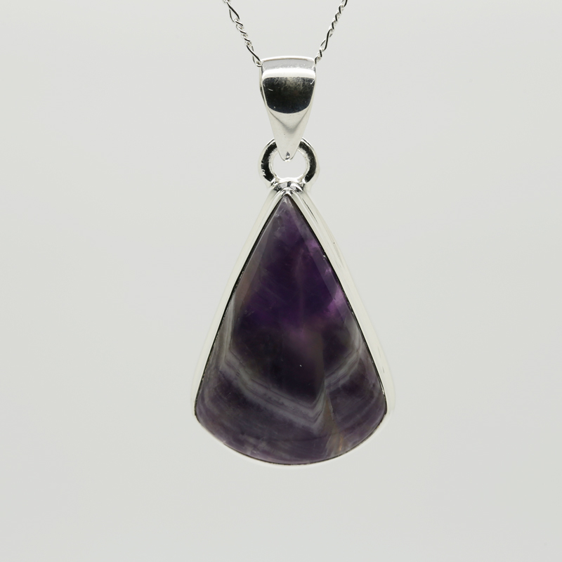 Lace Amethyst Pendeloque-Shaped Pendant in Silver